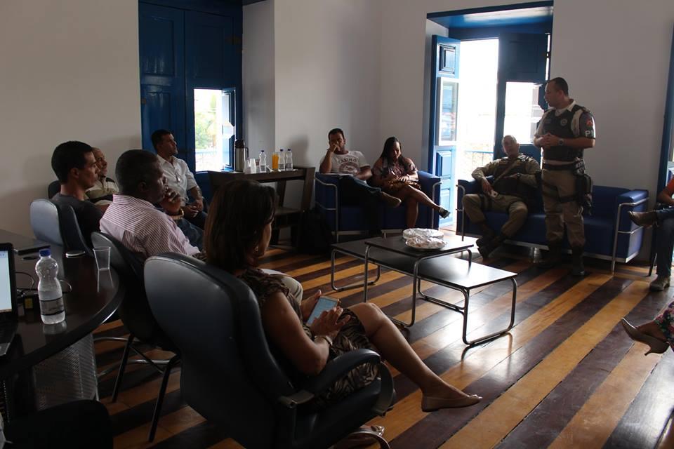 Implantação do Sistema do Colégio da PM é uma possibilidade viável para resolver o problema da falta de disciplina dos estudantes de Cachoeira